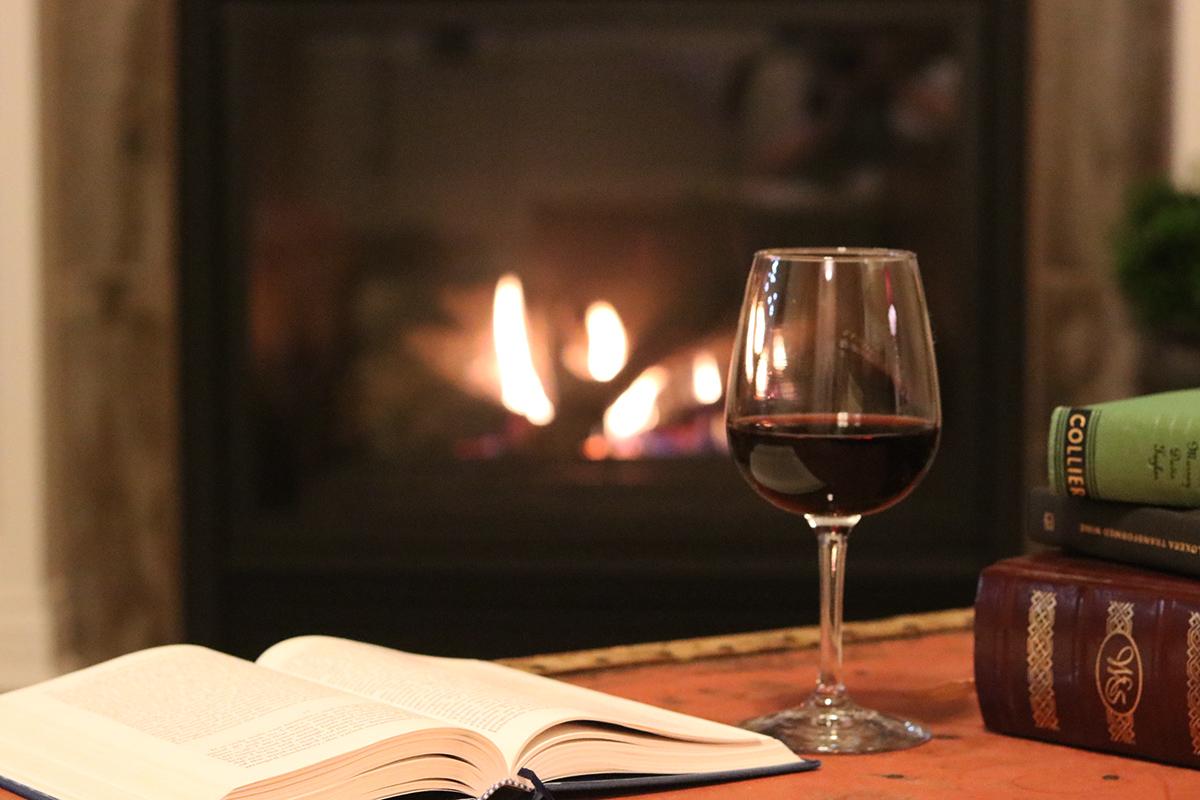 Visit Missouri Articles Missouri Wine And Book Pairings